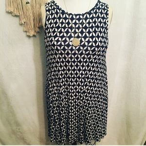 Print Sleeveless Dress